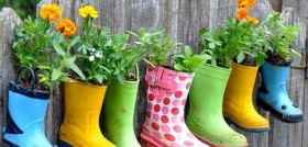 boot-planters-1014x487-1